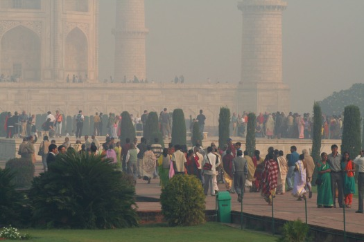 Crowd at Taj